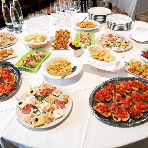 tavola piatti